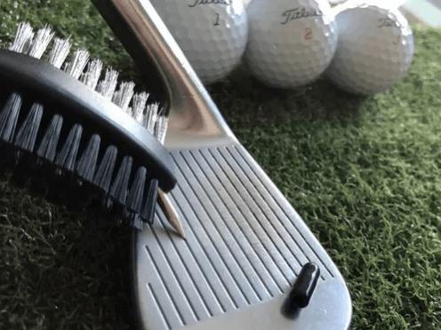 cepillo-limpia-bastones-golf-2