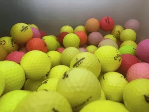 bolas-de-golf-colores-2