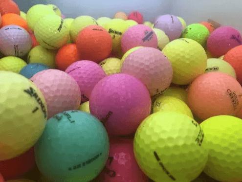 bolas-de-golf-de-colores-1